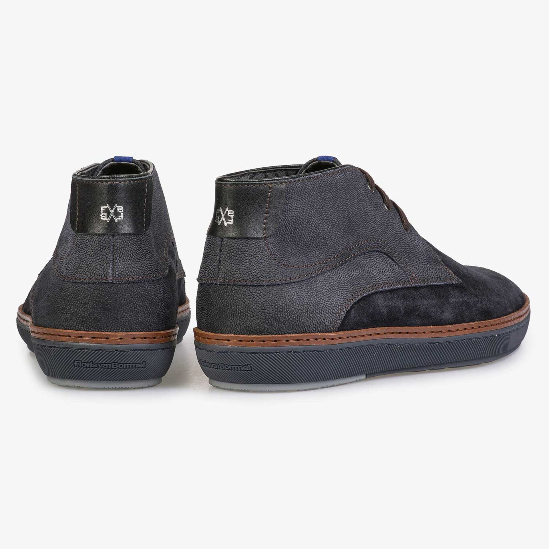 Dark blue calf's suede leather lace boot