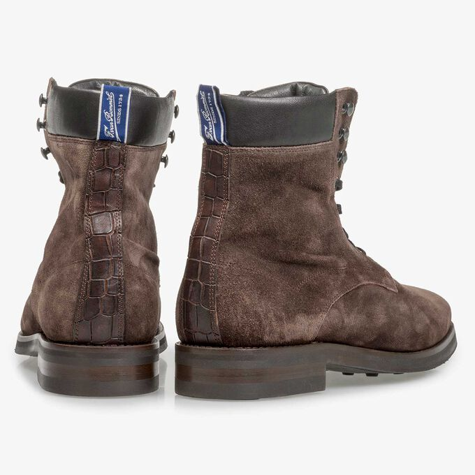 Dark brown suede lace boot