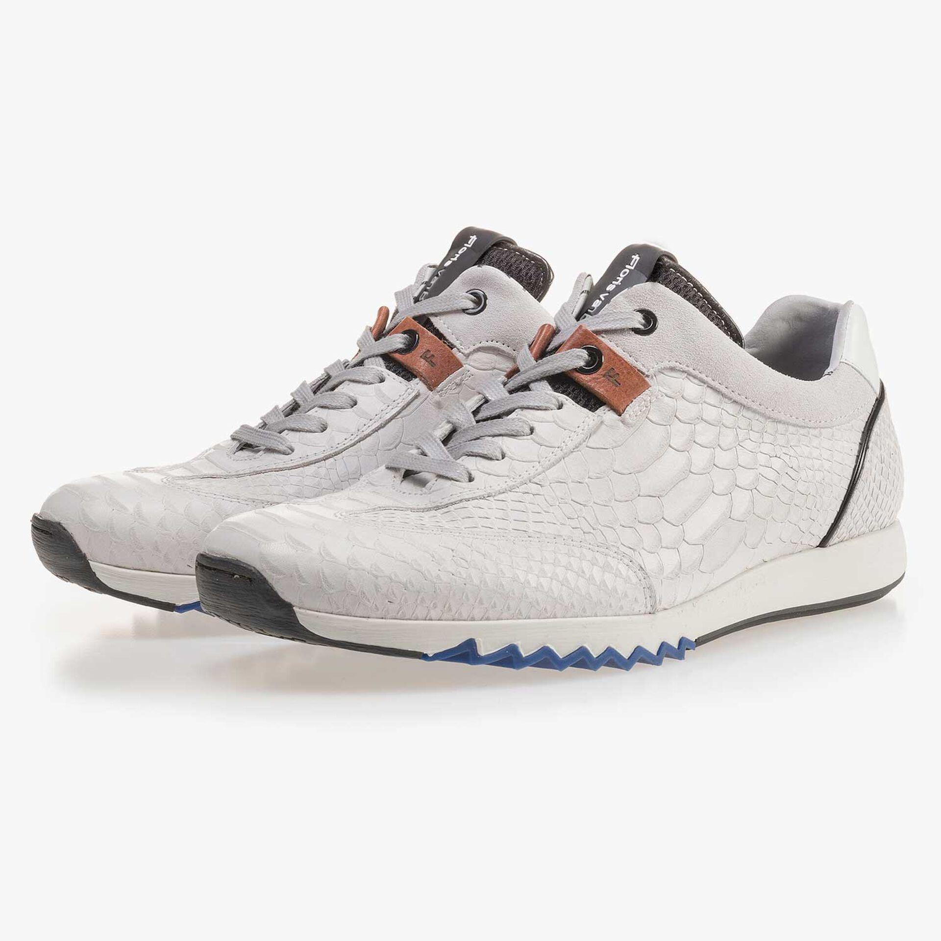 Kalfsleren witte sneaker met snakeprint