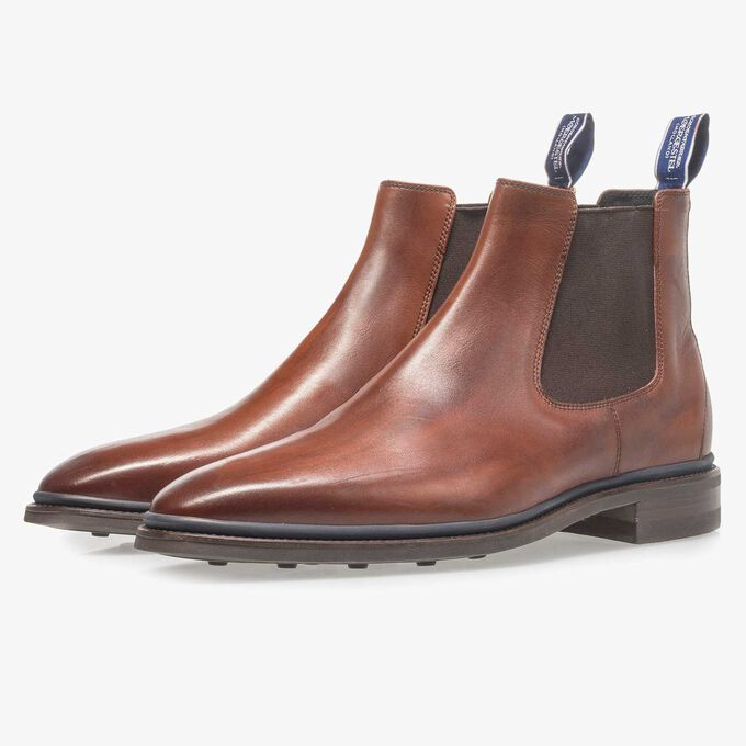 Dark cognac-coloured calf leather Chelsea boot