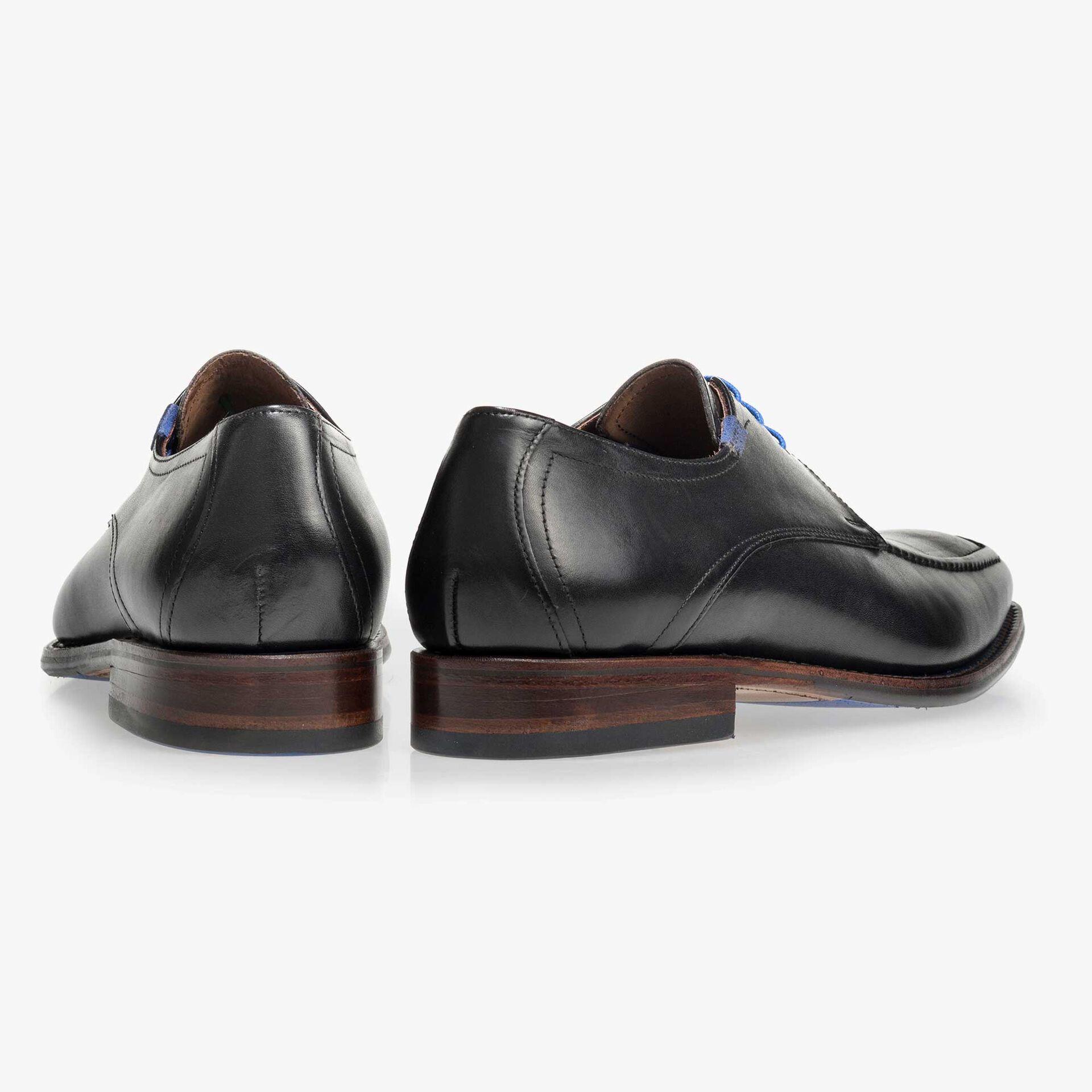 Black leather lace shoe