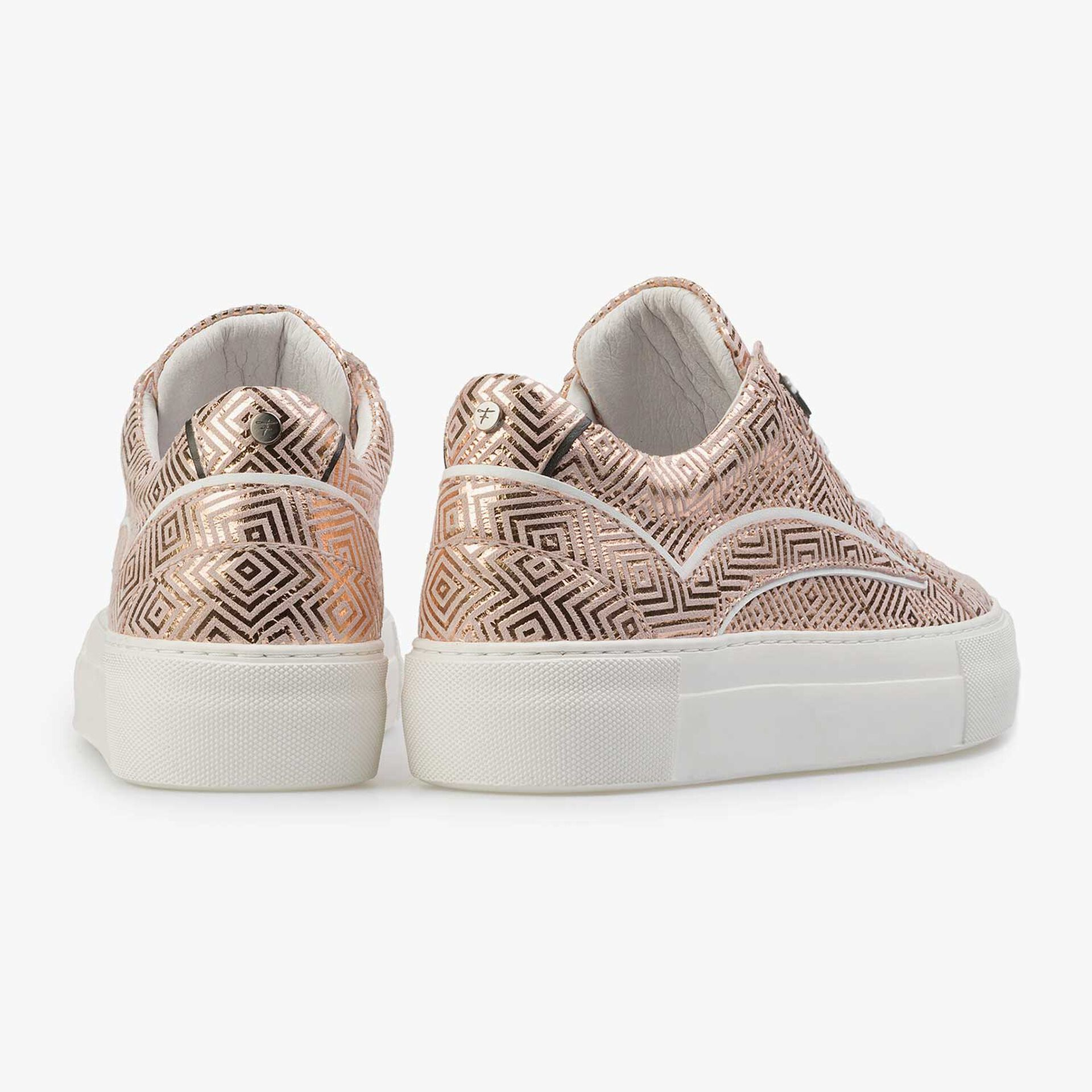 Rose leather sneaker with metallic print