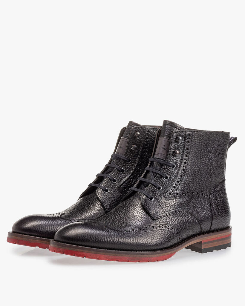 Leather brogue lace boot black