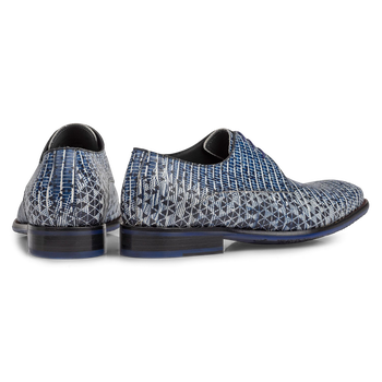 Lace shoe with print blue