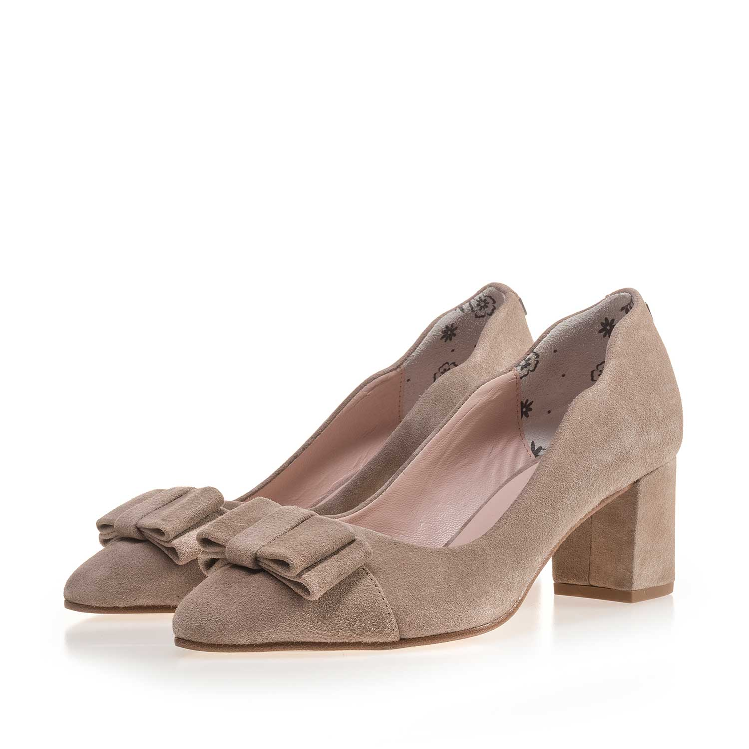 85186/04 - Taupe-coloured calf's suede leather bow pumps