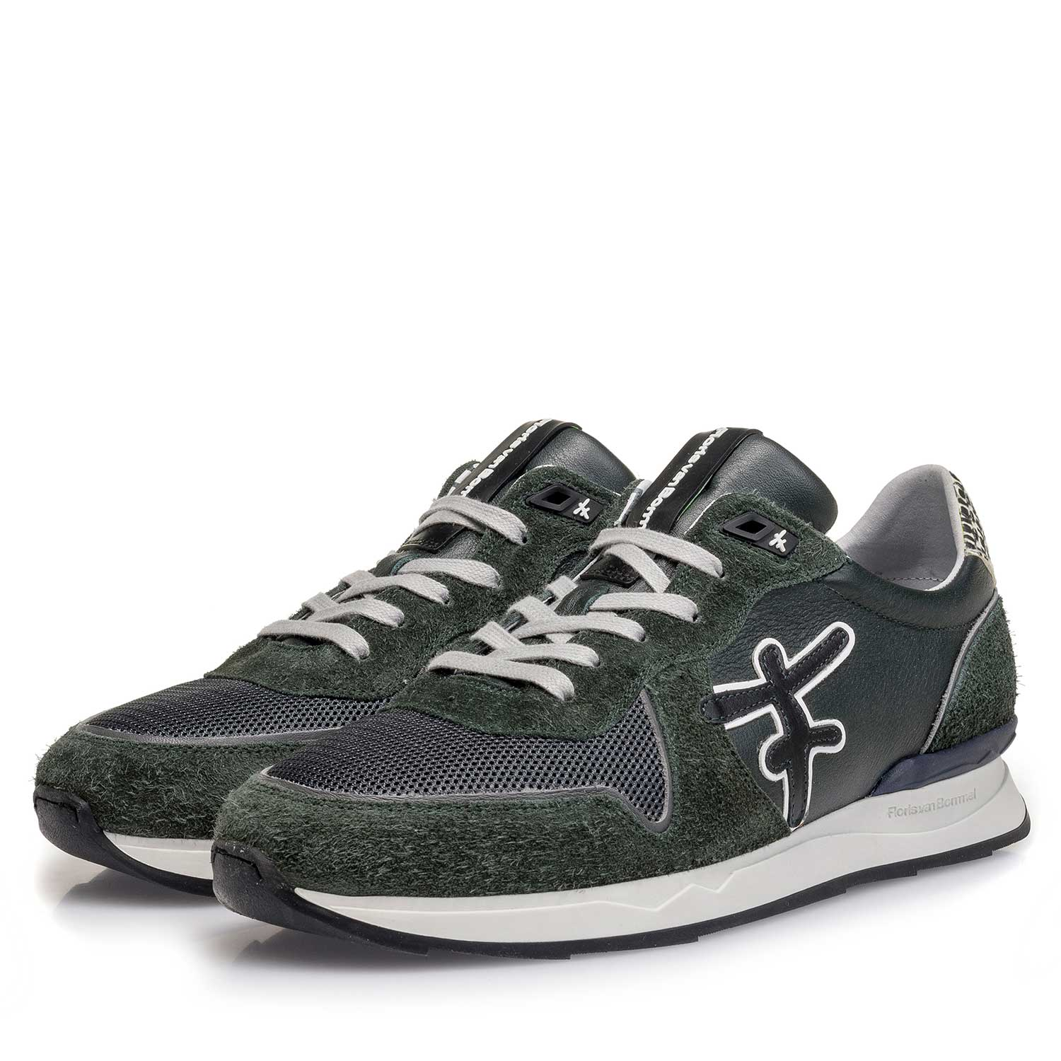 16246/08 - Dark green calf leather sneaker