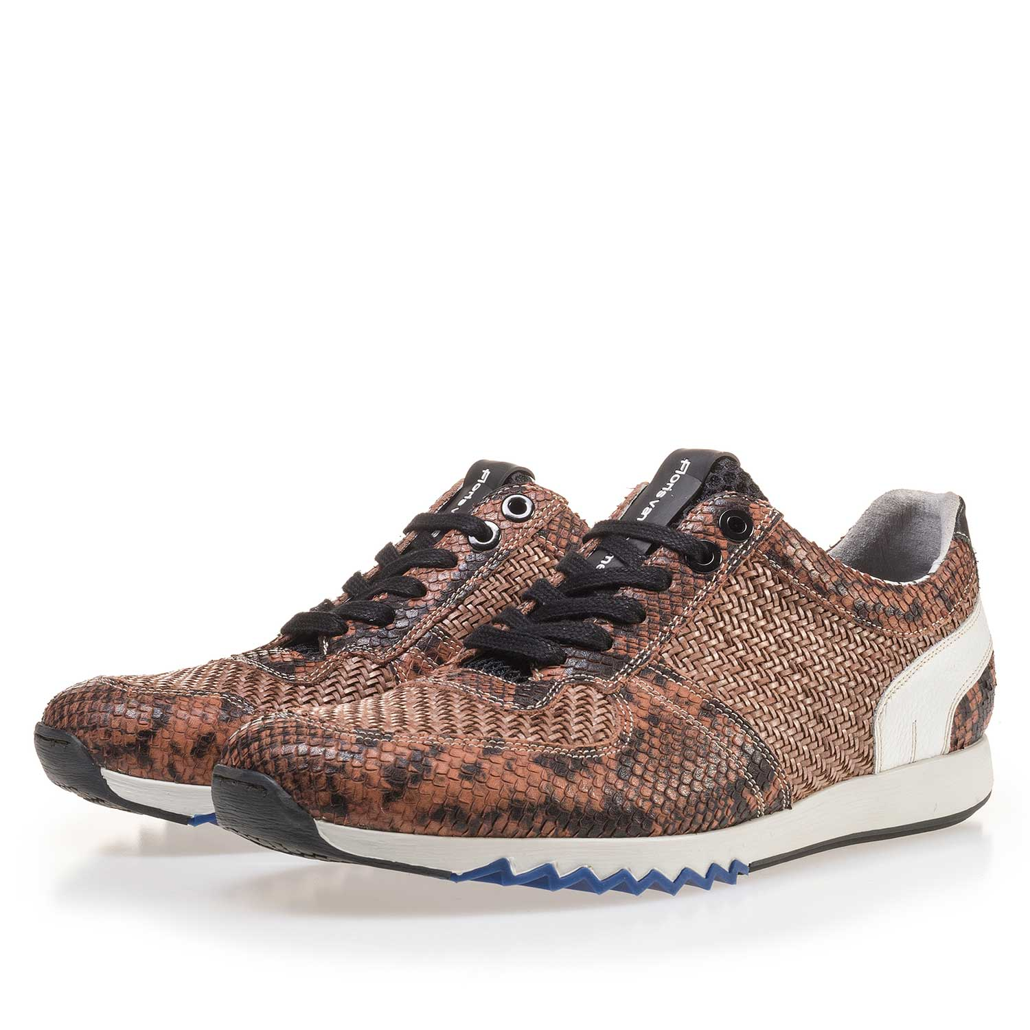 16171/06 - Cognac-coloured leather sneaker finished with a snake print