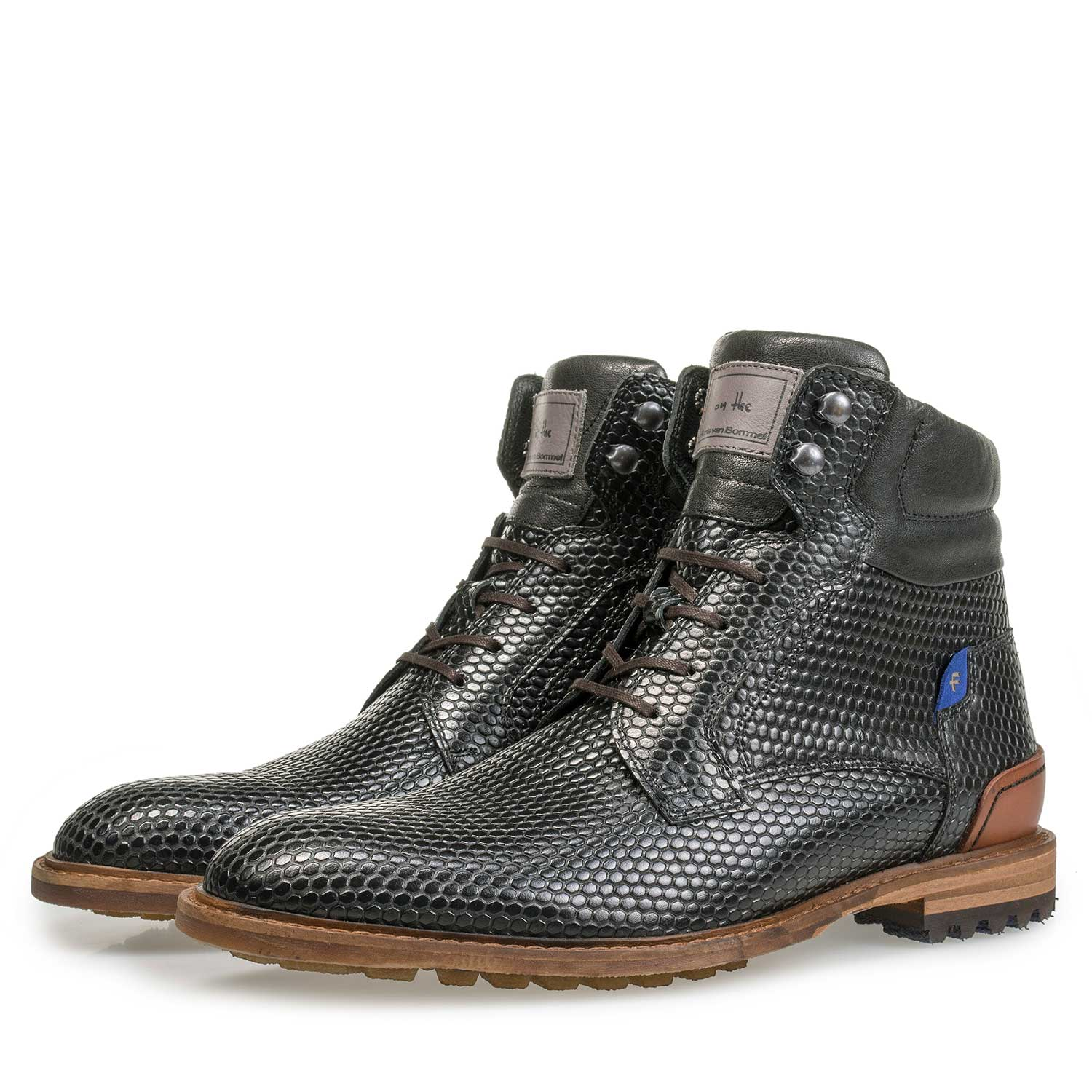 10234/06 - Black leather lace boot with structural print