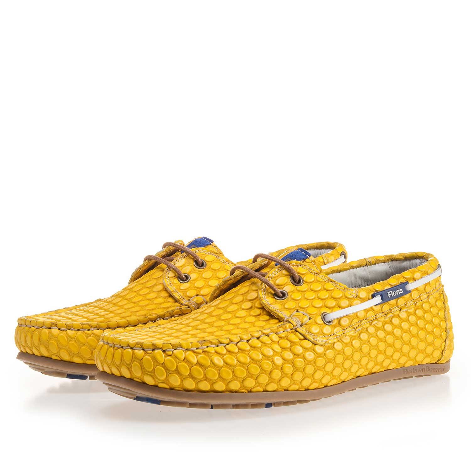 15055/01 - Yellow, printed boat shoe made of leather