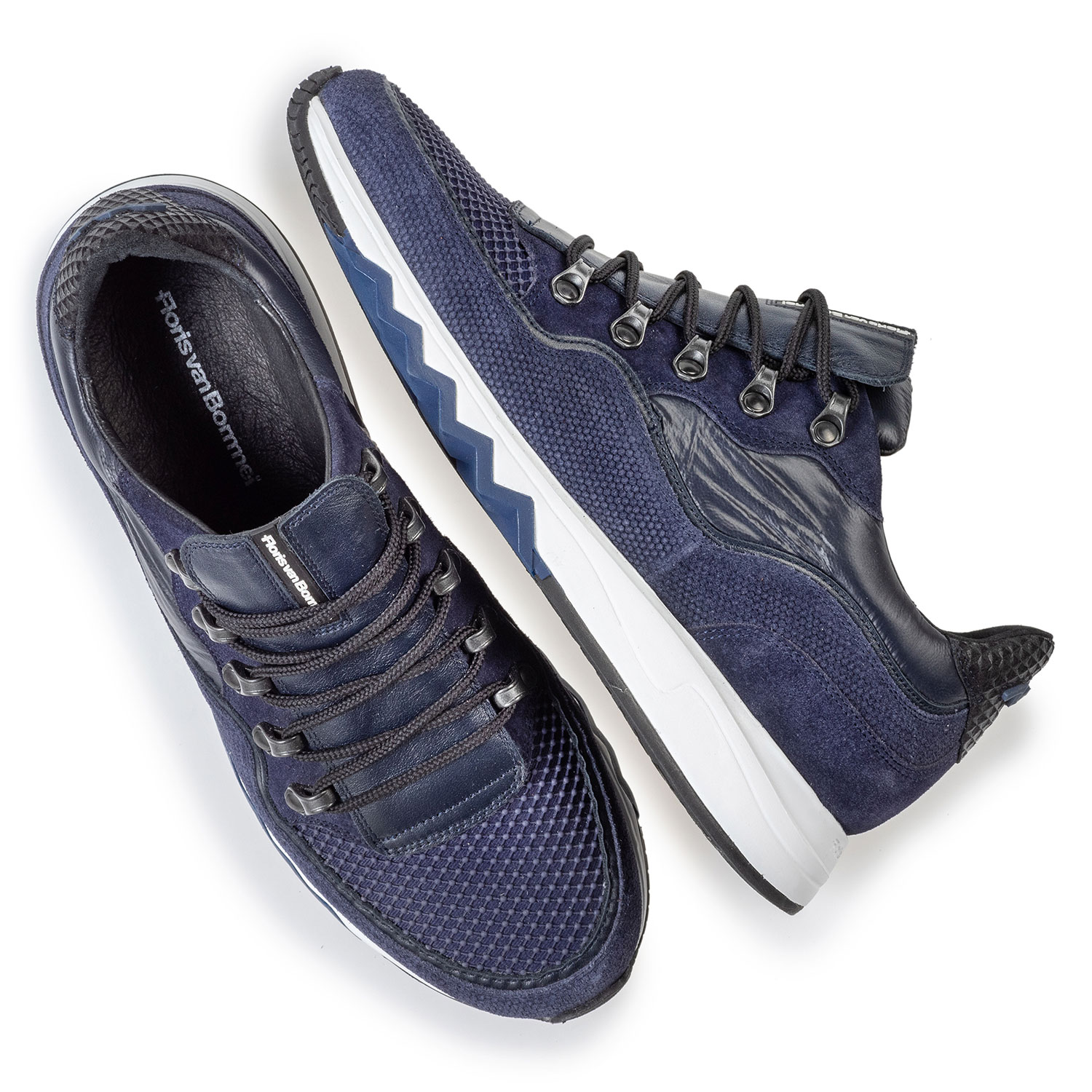 16393/18 - Sneaker with print dark blue