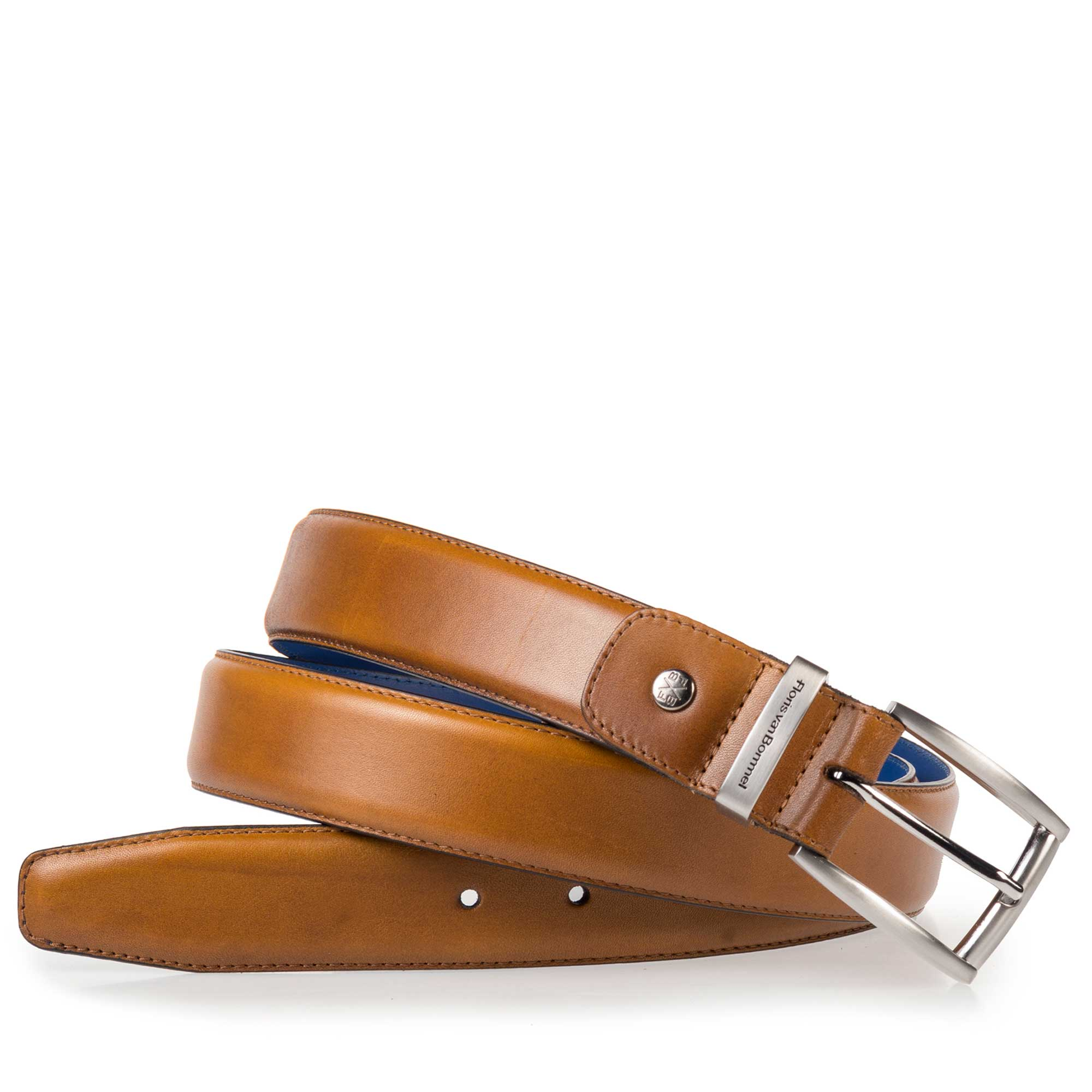 75144/09 - Light cognac-coloured calf's leather belt