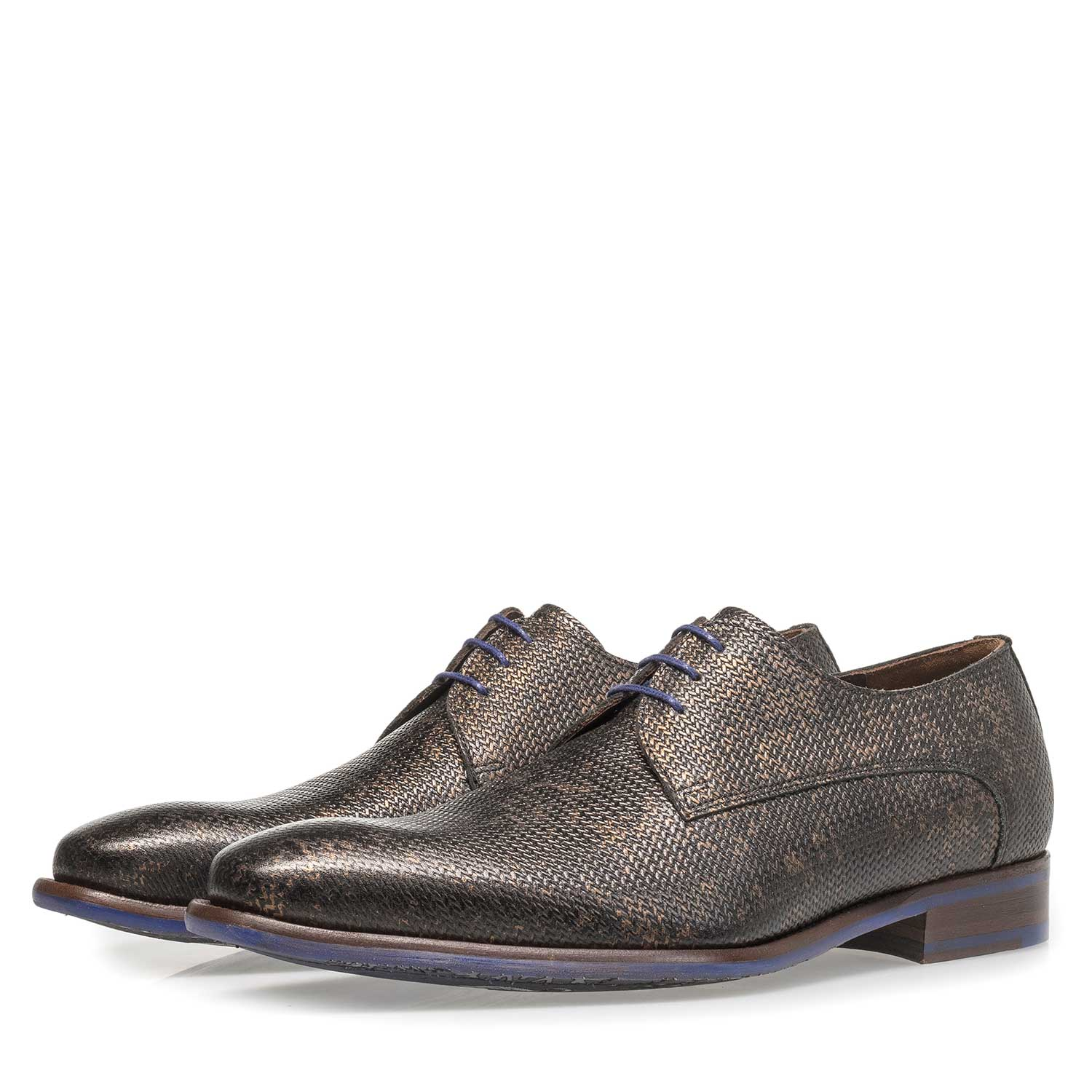 18159/02 - Leather lace shoe with bronze-coloured metallic print
