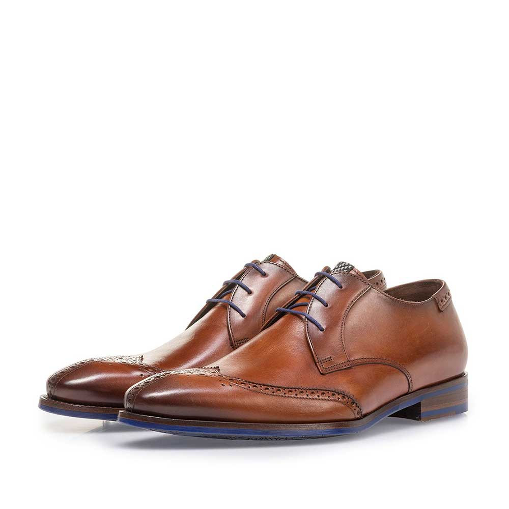 17122/03 - Dark cognac-coloured calf leather lace shoe