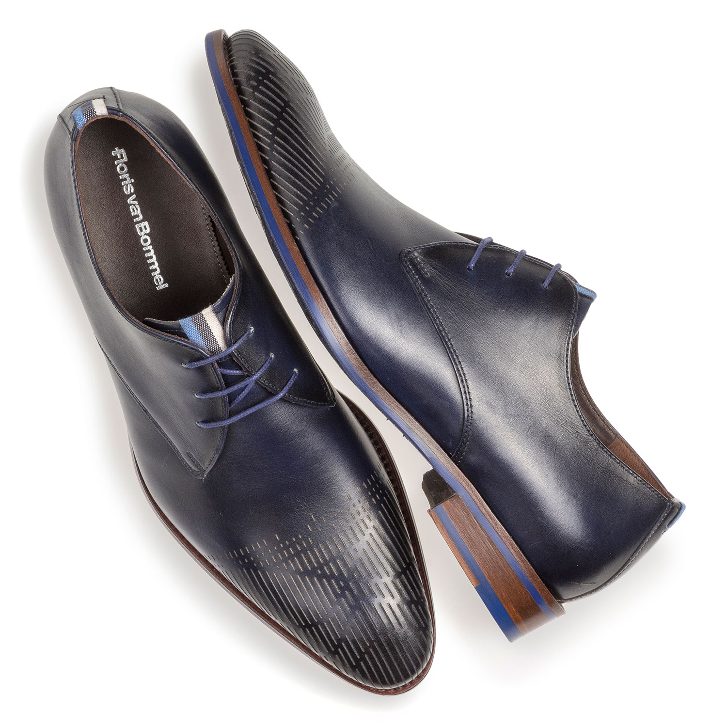 18276/01 - Dark blue calf leather lace shoe