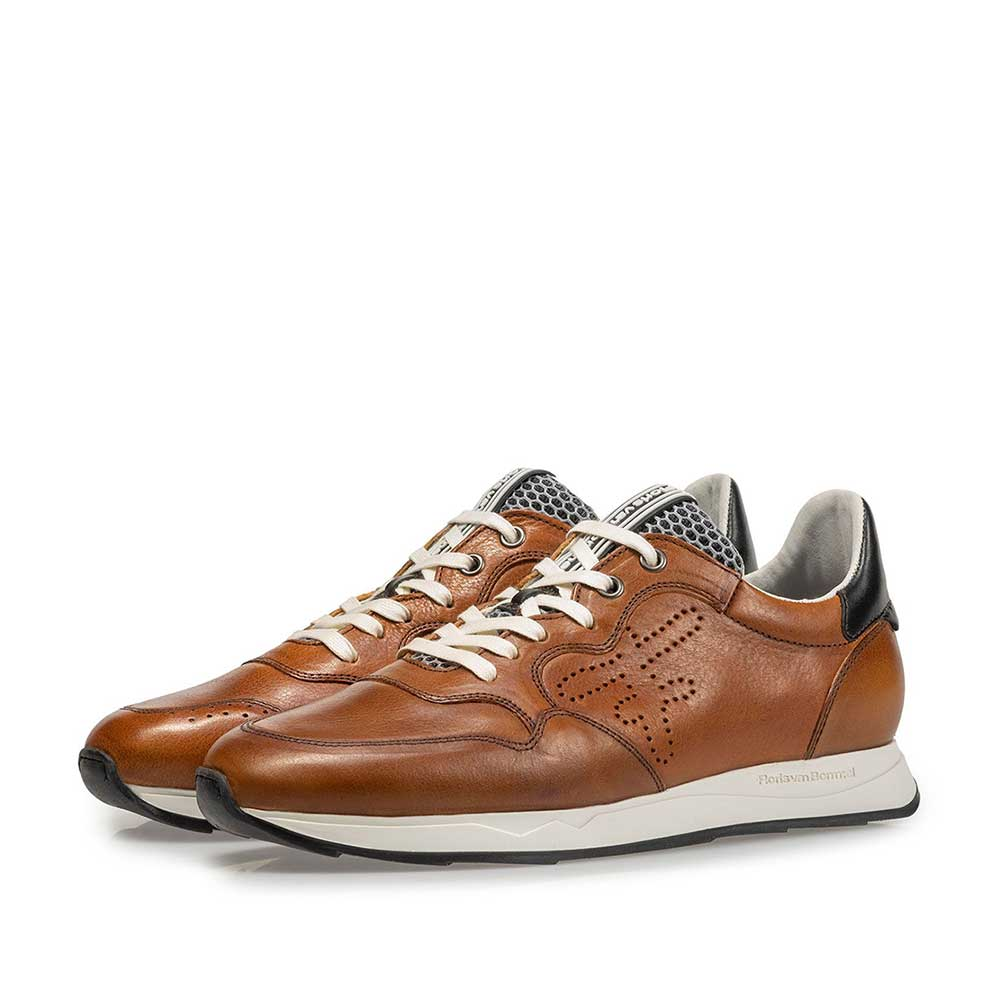 16446/00 - Cognac-coloured calf leather sneaker