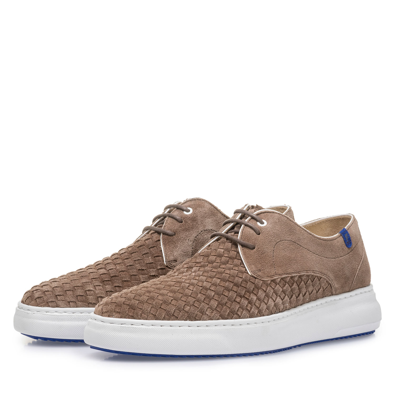 18401/01 - Taupe-coloured lace shoe with braided suede leather