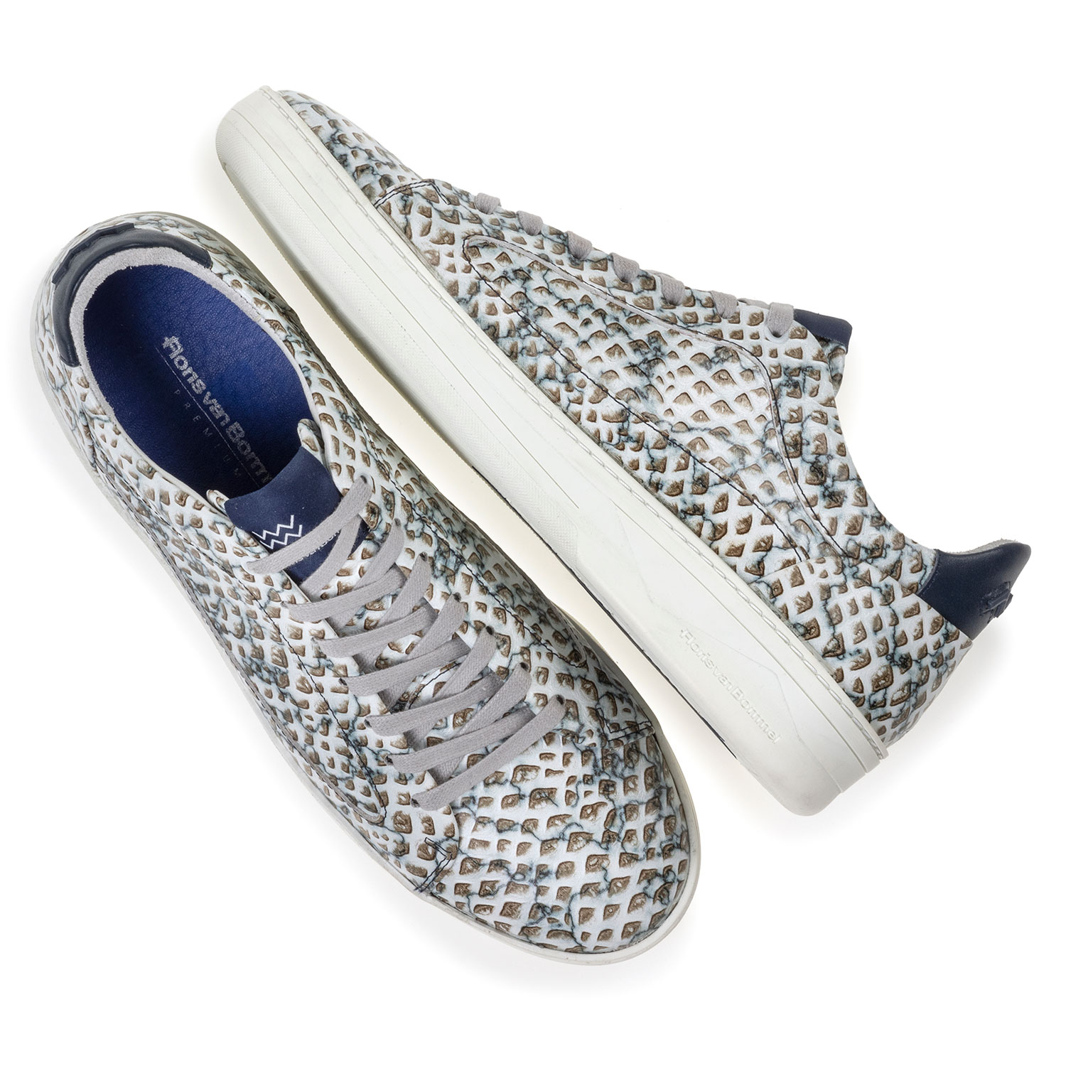 13266/00 - Sneaker printed leather sand-coloured