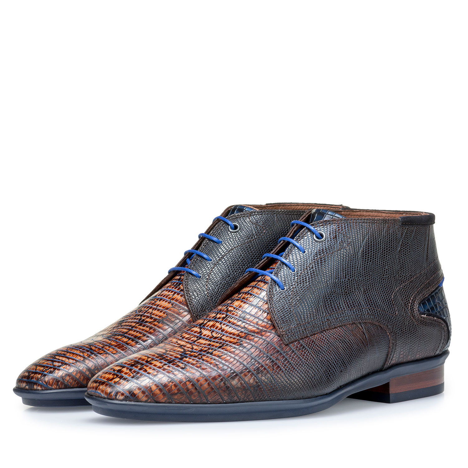 10131/10 - Cognac-coloured calf leather lace shoe with lizard print