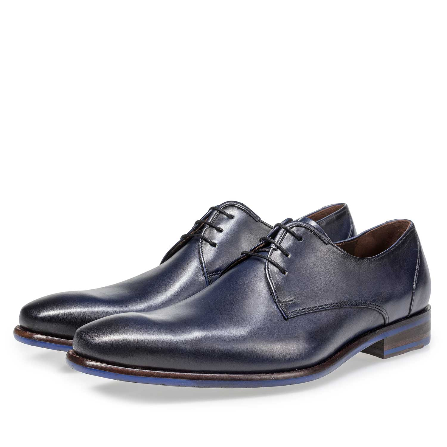 18111/01 - Dark blue calf leather lace shoe