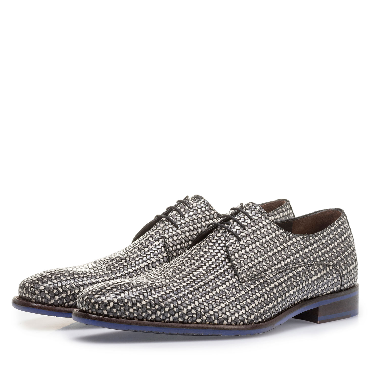 18159/13 - Dark grey lace shoe with white print