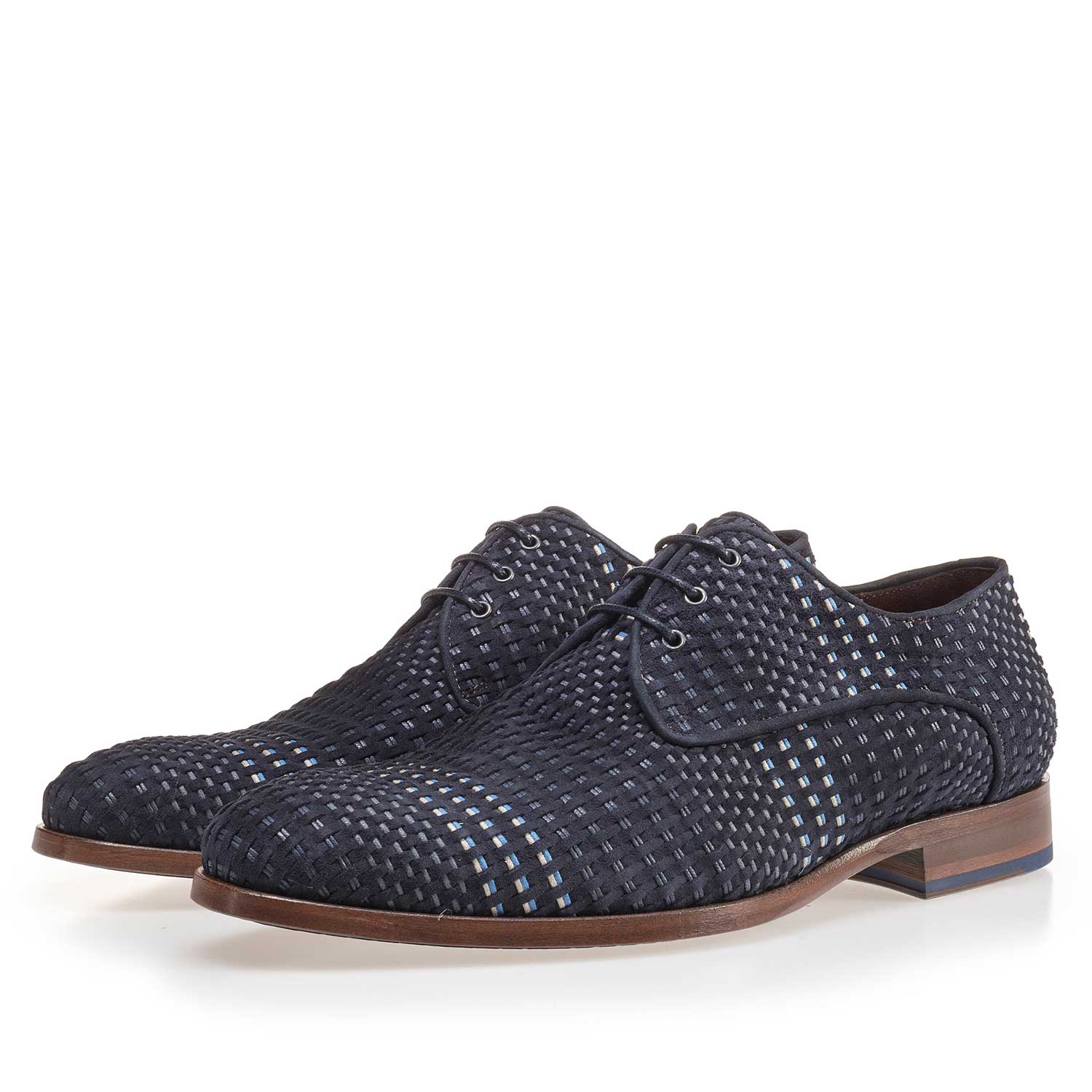 14210/00 - Dark blue lace shoe made of braided leather