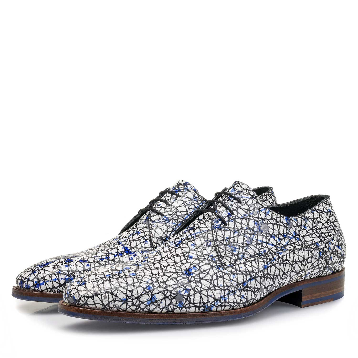 18091/00 - White printed calf leather lace shoe