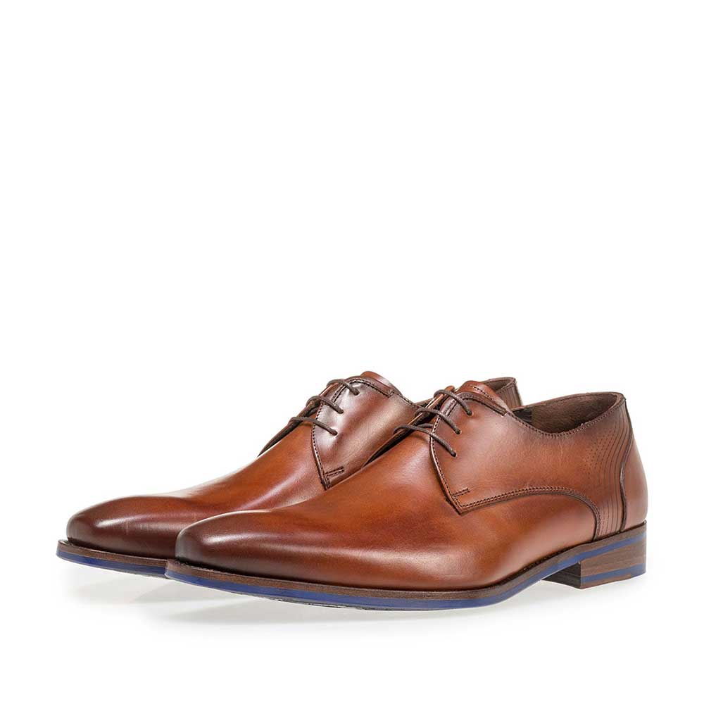 18493/00 - Dark cognac-coloured calf leather lace shoe