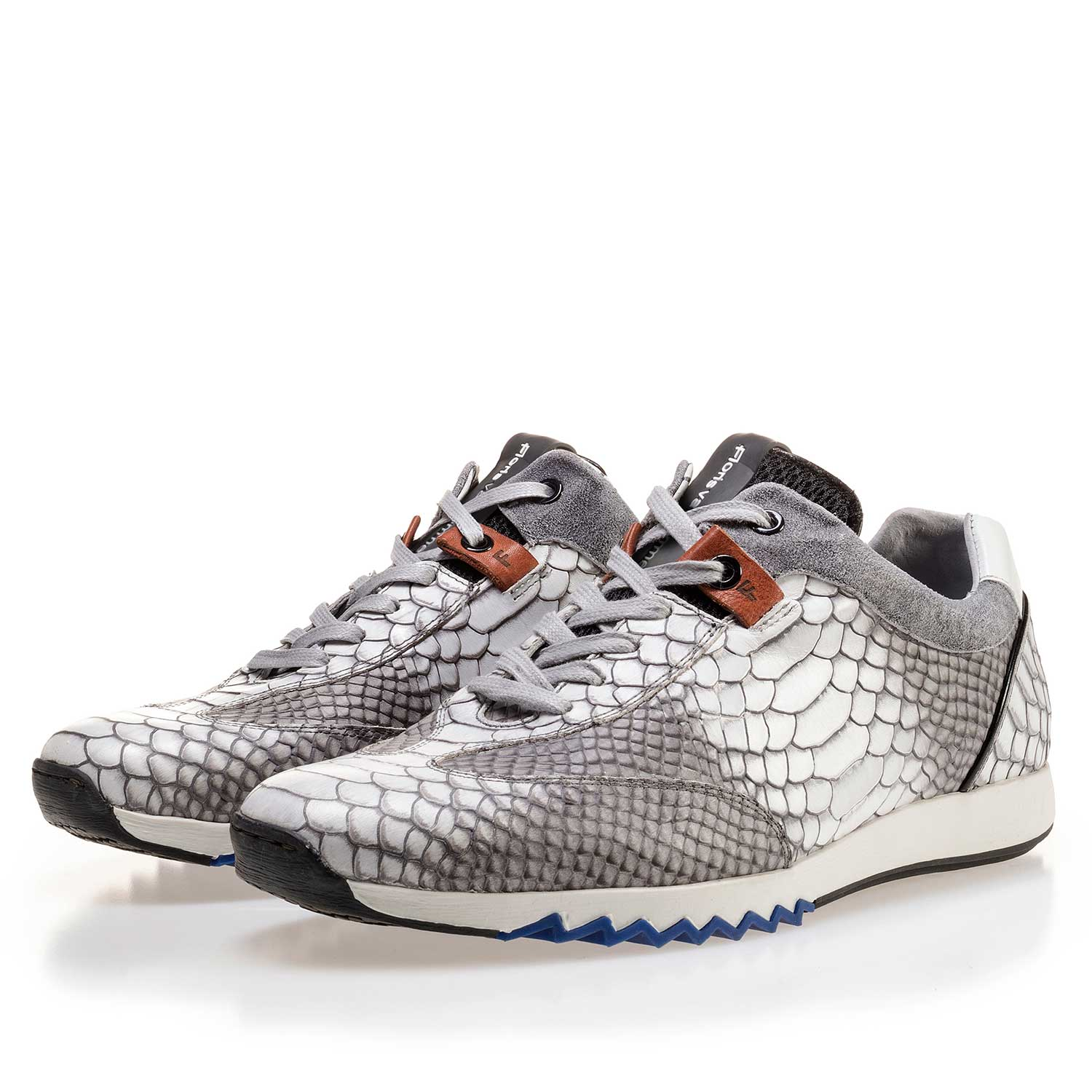 16219/00 - Grey calf's leather sneaker with a snake print