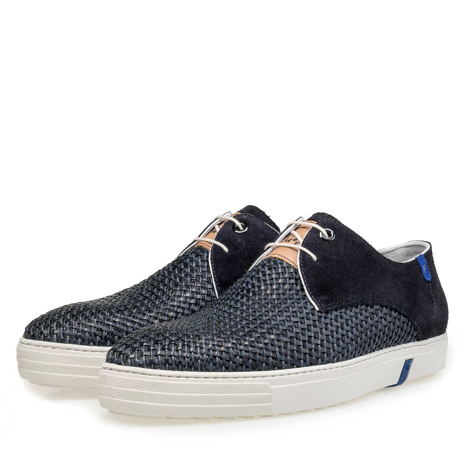 16253/02 - Blue craided calf suede leather lace shoe