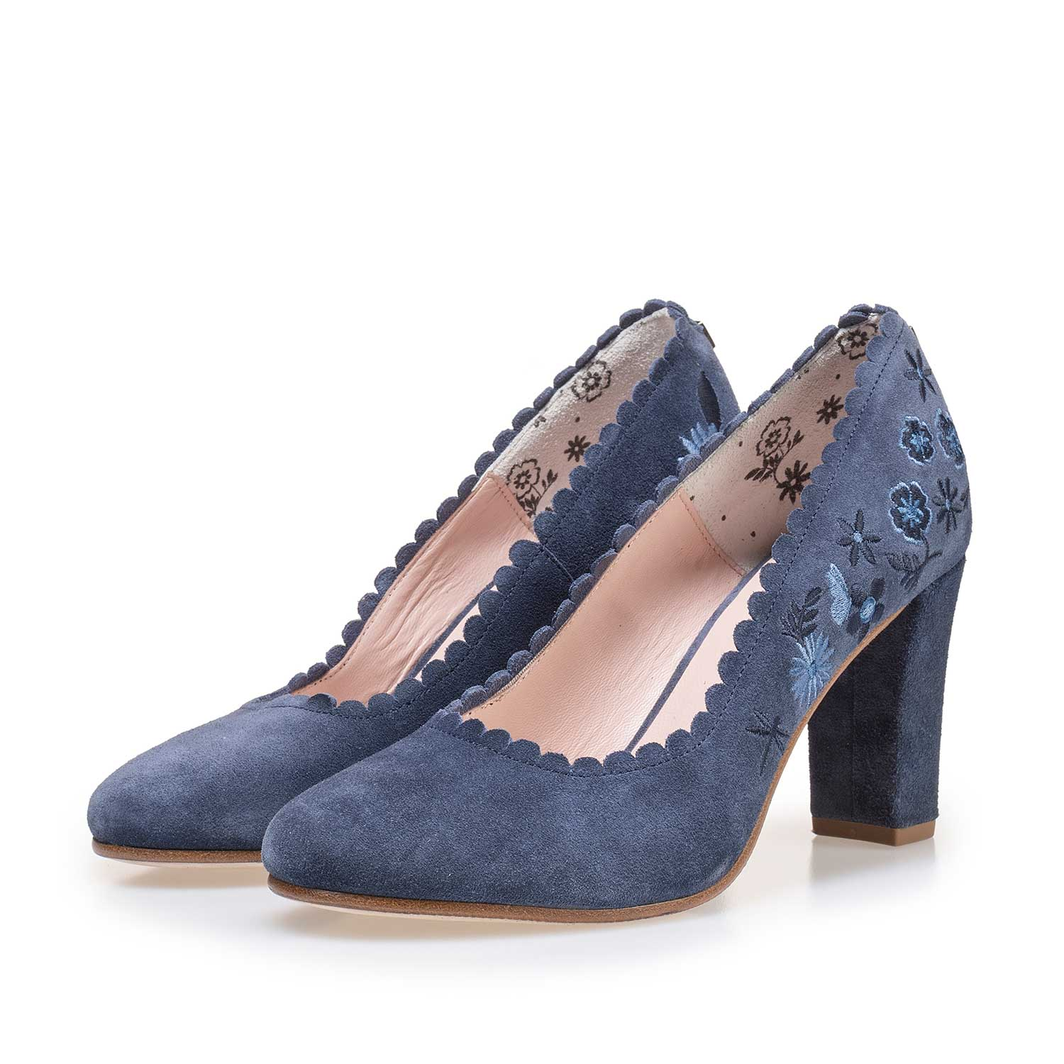 85238/00 - Blue suede leather pumps with floral embroidery stitching