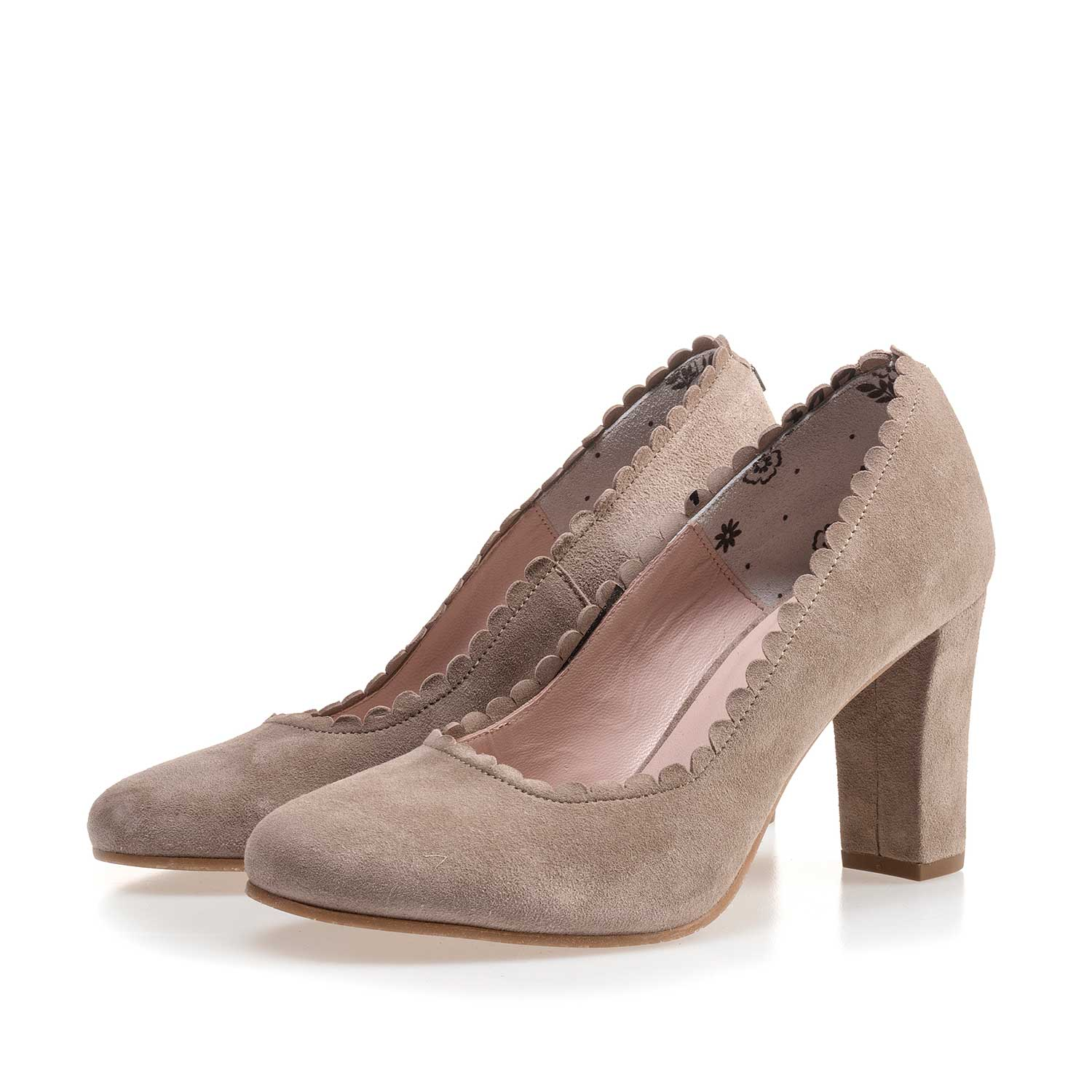 85249/01 - Taupe-coloured calf's suede leather pumps