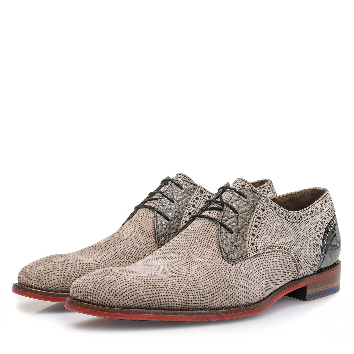 18104/02 - Taupe-coloured printed suede leather lace shoe