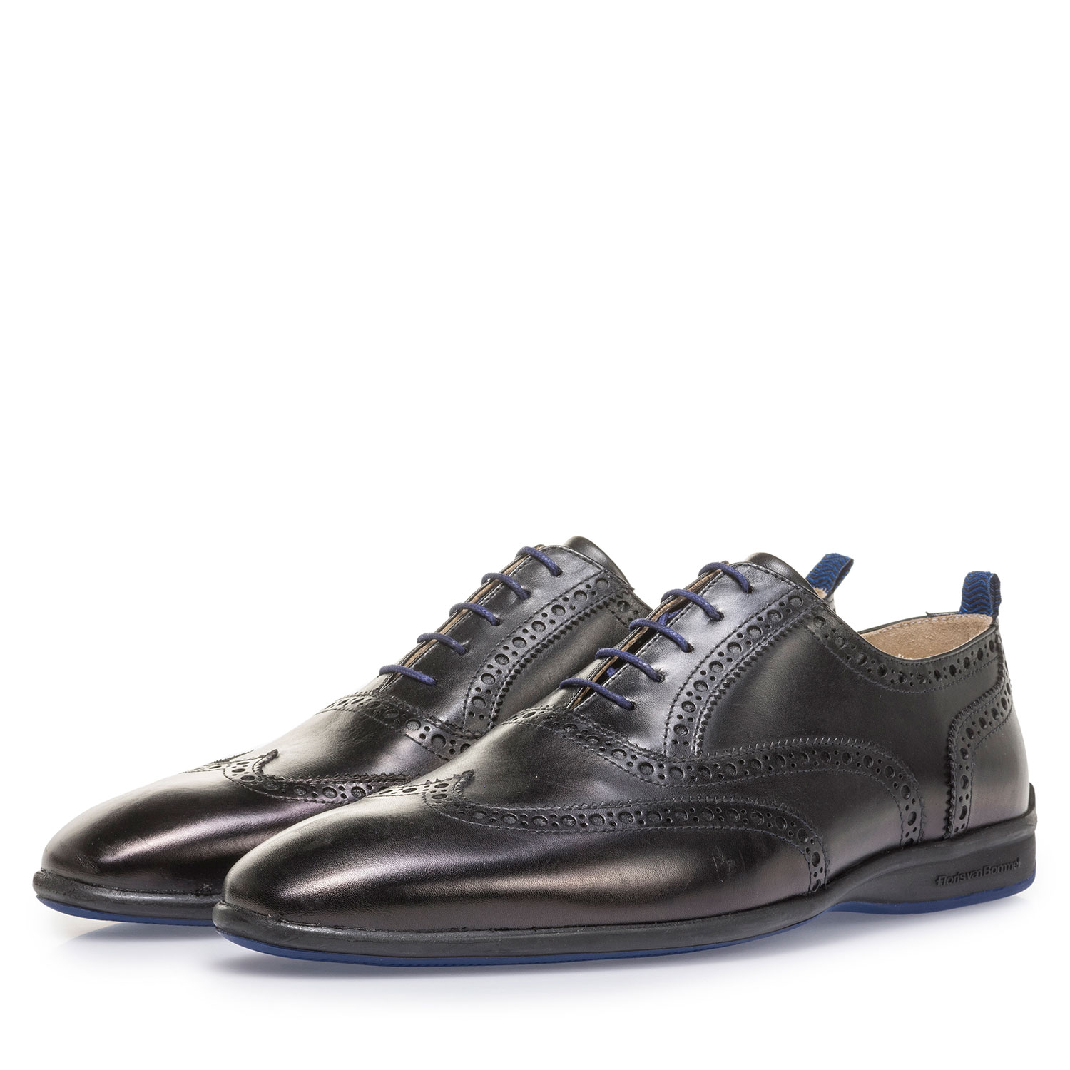 16360/10 - Black calf leather lace shoe