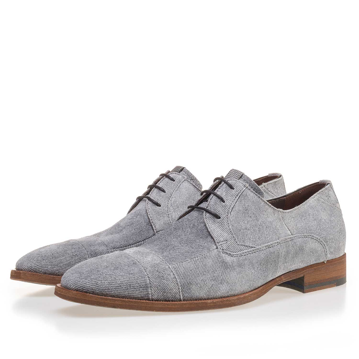 14136/02 - Grey suede leather lace shoe